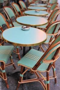 Типичное парижское кафе