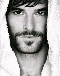 Un don Juan moderno español - el actor Alfonso Bassave