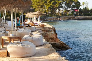 Babylon Beach Bar en Ibiza. Ibiza es mucha vida nocturna para mi