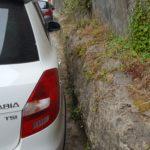 Я - мастер парковки ;) И это было последнее парковочное место. И находилось оно за 1,5 км от Кинты да Регалейра
